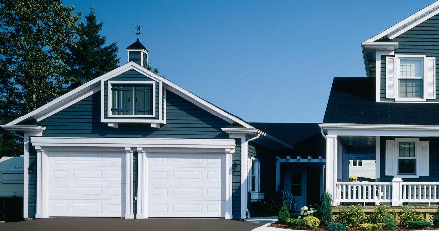Steel Garage Doors Ideas For Choosing A Traditional Garage Door
