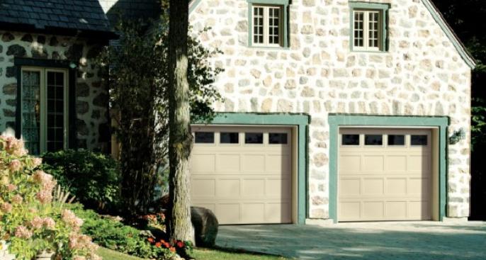 Steel Garage Doors Ideas For Choosing A Traditional Garage Door Style Doan S Overhead Doors